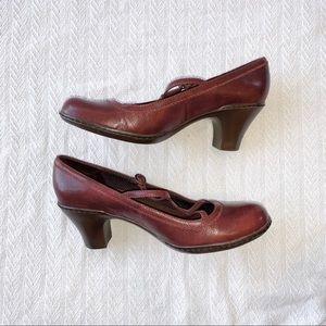 Clark's burgundy t strap Mary Jane stacked heels